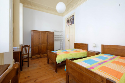 Twin bedroom close to Universidade de Coimbra  - Gallery -  3