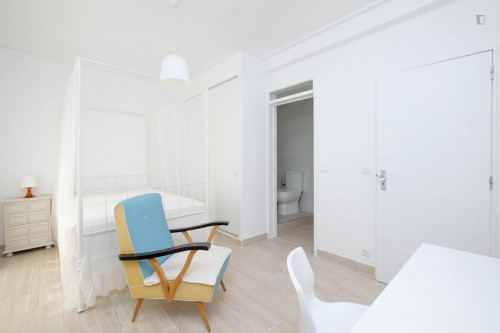Wonderful single ensuite room in Montes Claros, near Universidade de Coimbra  - Gallery -  3