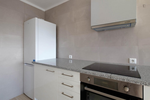 Wonderful single ensuite room in Montes Claros, near Universidade de Coimbra  - Gallery -  9