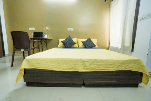 OYO LIFE DEL2154 East of Kailash (Males only)  - Gallery -  3