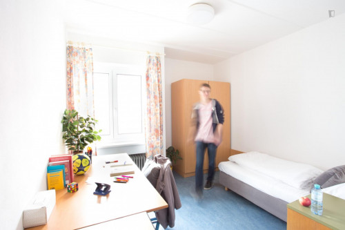 Single ensuite bedroom in a residence, in Mödlling
