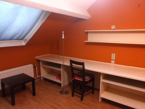 Charming studio in a residence near Robiano tram stop