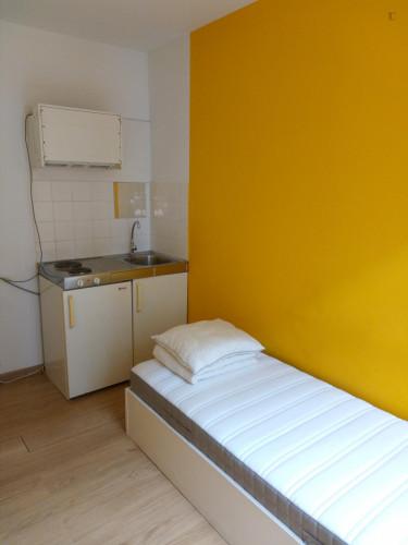 Studio in a residence, in Schaerbeek  - Gallery -  3