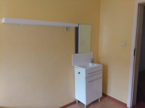 Alluring single bedroom in a residence near Botanique metro station