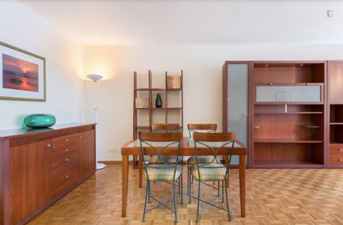Welcoming 2-bedroom flat in Malombré  - Gallery -  3