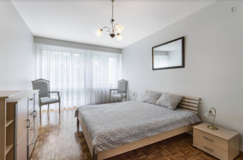 Welcoming 2-bedroom flat in Malombré