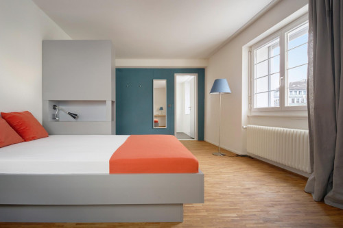 Spacious double room in a guesthouse for women
