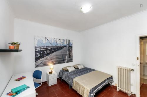 Wonderful double bedroom in Sant Gervasy-Galvany  - Gallery -  2