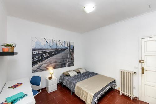 Wonderful double bedroom in Sant Gervasy-Galvany  - Gallery -  3