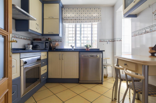 Very cool single bedroom in a 3-bedroom flat in Alcorcón  - Gallery -  9