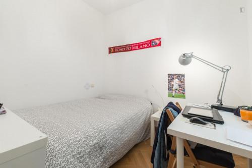 Very nice double bedroom near the La Latina metro  - Gallery -  2