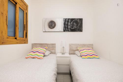 Very stylish 2-bedroom apartment in El Baix Guinardó  - Gallery -  2