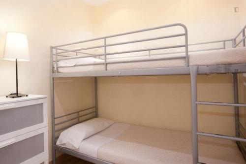 Very cool 2-bedroom apartment in El Barri Gòtic  - Gallery -  1