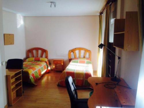 Wonderful single bedroom 5' walking from UAX (Universidad Alfonso X El Sabio)  - Gallery -  1