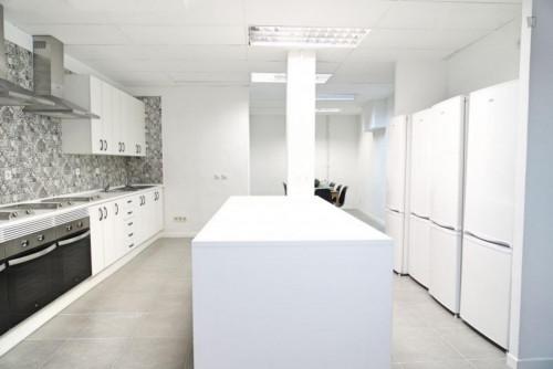 Welcoming single bedroom in large flat, near Universidad Nebrija  - Gallery -  9