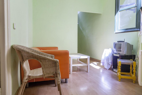 Twin bedroom in the south of Malasaña  - Gallery -  3