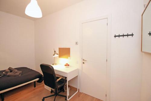 Tasteful double bedroom near Parc de l'Estació del Nord  - Gallery -  3