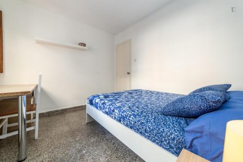 Very cool double bedroom near the Patraix metro  - Gallery -  3