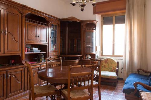Very nice double bedroom near the Sesto Marelli metro  - Gallery -  9