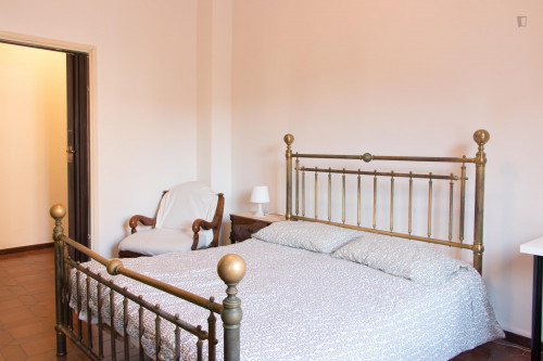 Very nice double bedroom near the Sesto Marelli metro  - Gallery -  7