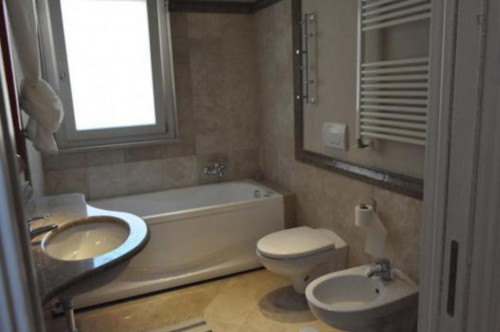 Welcoming 1-bedroom apartment in trendy Rione XV Esquilino  - Gallery -  1