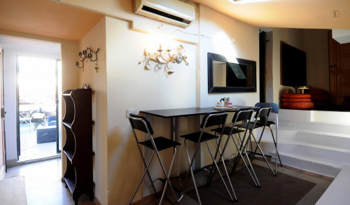 very nice and modern basement apartment for 2 people  - Gallery -  6