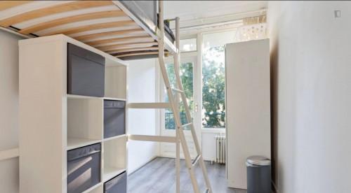 Amazing single bedroom in a nice apartment near Erasmus University