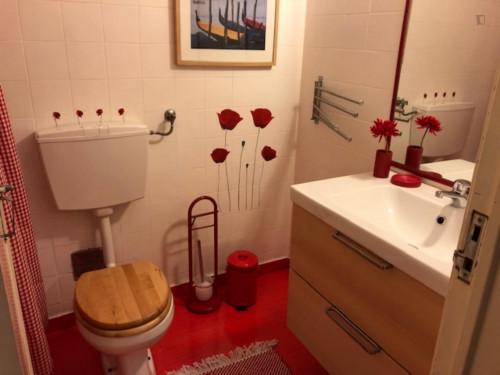 Veneza apartment in Telheiras, near Campo Grande metro station  - Gallery -  9