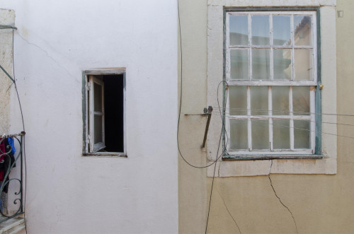 Trendy 1-bedroom flat close to Martim Moniz metro station  - Gallery -  1