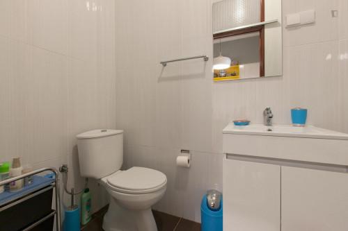 Warm single bedroom near Universidade Fernando Pessoa  - Gallery -  8