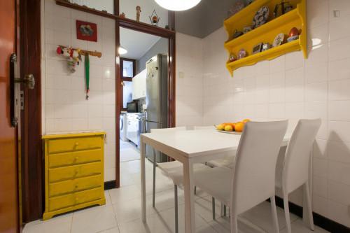 Warm single bedroom near Universidade Fernando Pessoa  - Gallery -  5