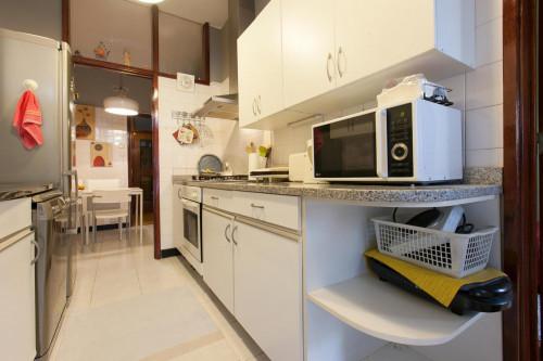 Warm single bedroom near Universidade Fernando Pessoa  - Gallery -  3