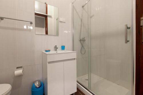 Warm single bedroom near Universidade Fernando Pessoa  - Gallery -  9