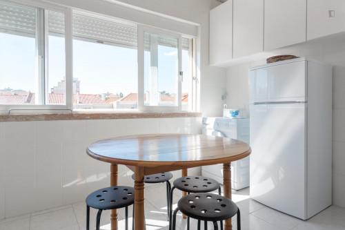 Wonderful and comfy single bedroom in Avenida de Roma  - Gallery -  7