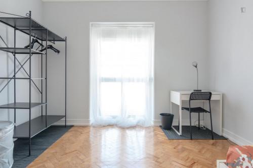 Wonderful and comfy single bedroom in Avenida de Roma  - Gallery -  3
