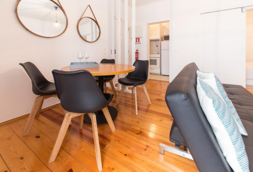 Very neat 1-bedroom apartment in classic Bica  - Gallery -  3