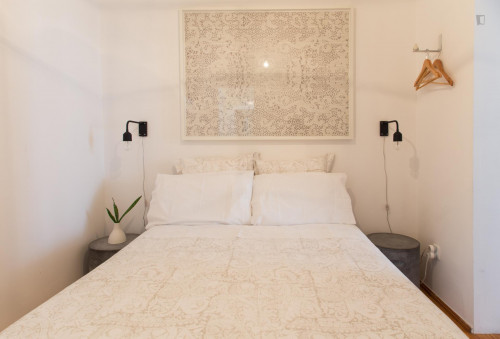 Very neat 1-bedroom apartment in classic Bica  - Gallery -  9