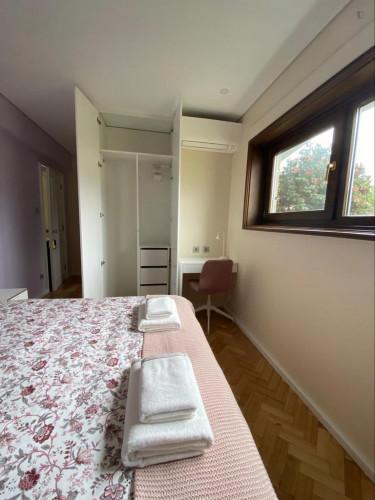 Wonderful double bedroom ensuite close to Combatentes metro  - Gallery -  3