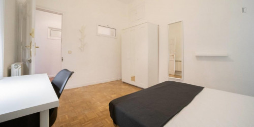 Welcoming single bedroom in Chueca-Justicia  - Gallery -  3
