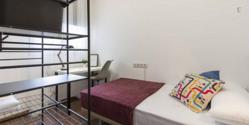 Wonderful single bedroom in Malasaña  - Gallery -  3
