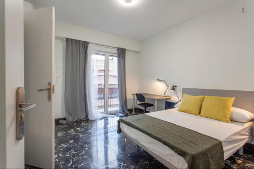 Superb double ensuite bedroom with a balcony, in Sant Francesc  - Gallery -  1