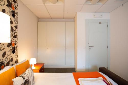 Wonderful double bedroom near Saldanha  - Gallery -  3