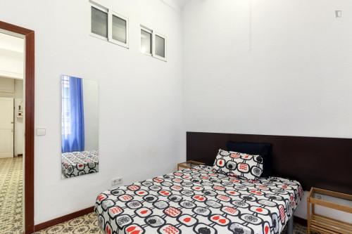 Very cool double bedroom near the Sant Antoni metro  - Gallery -  1