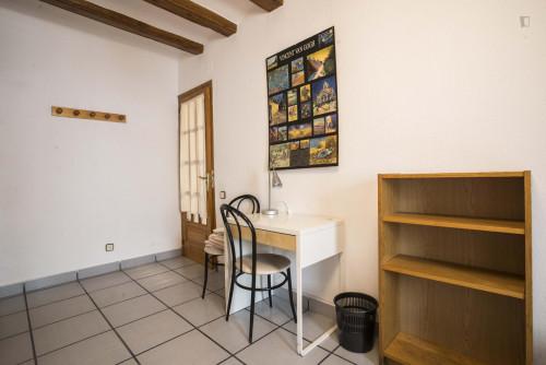 Very cool double bedroom in El Raval  - Gallery -  7