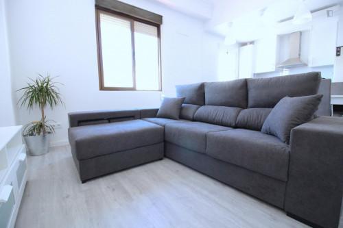 Welcoming single bedroom in Aiora  - Gallery -  3