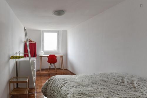 Tasteful double bedroom in Bica  - Gallery -  2