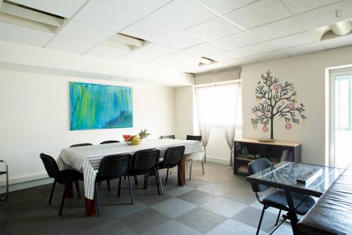 Welcoming double bedroom close to Saldanha metro station  - Gallery -  7