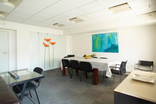Welcoming double bedroom close to Saldanha metro station  - Gallery -  4