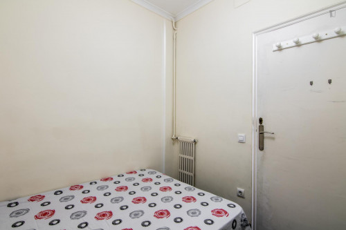 Very nice double bedroom near the Sants metro station  - Gallery -  4