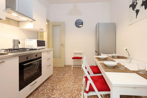 Welcoming double bedroom in a student flat, in Trastevere  - Gallery -  7